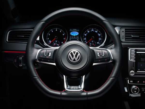 Picture of 2017 VW Jetta steering wheel